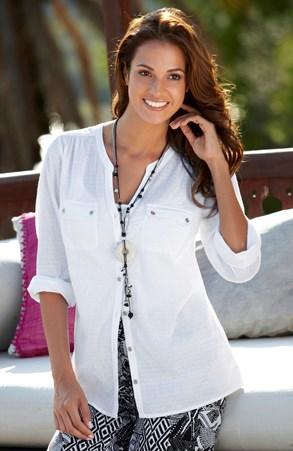 Сорочки та блузи